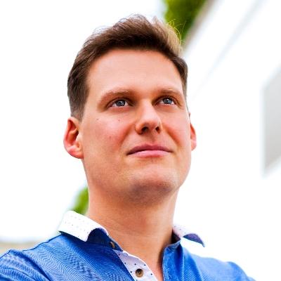 Speaker - Andreas Dziubala